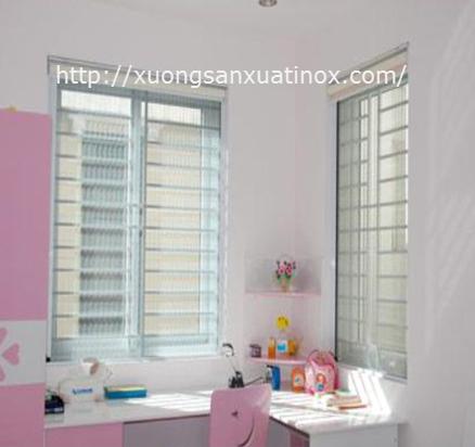 Mẫu cửa sổ inox