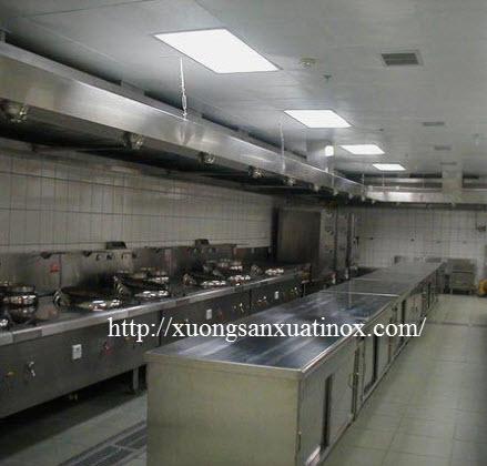 thiết kế bếp inox nhà hàng