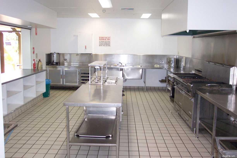 Nhà bếp inox tại các nhà hàng